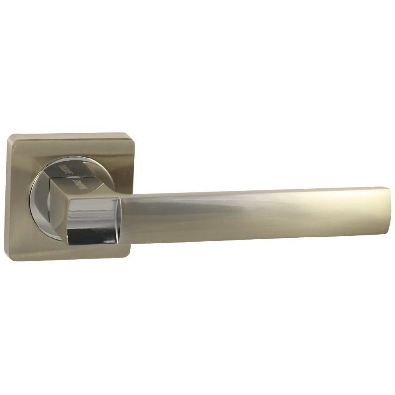 Дверная ручка Vantage V02 на квадратной розетке SN матовый никель